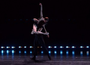 Ludmila Pagliero and Takeru Coste of 3e Étage in 'Processes of Intricacy' (photo Cherylynn Tsushima)