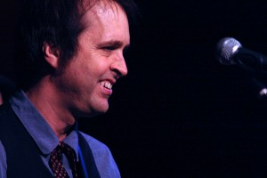 Chuck Prophet at Helsinki Hudson (photo Seth Rogovoy)