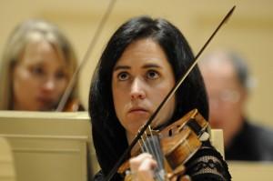Susanna Ogata (photo Stu Rosner)