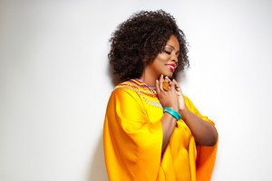 Dianne Reeves (photo Jerris Madison)