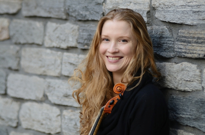 Violinist Adriane Post  (photo Geoffrey Silver Acis Productions)