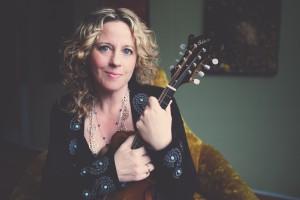 Amy Helm (photo  Lisa MacIntosh )