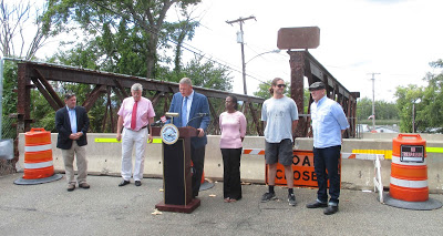 Mayor Bill Hallenbeck's so-called Ferry Street Bridge press conference more resembled a campaign event (photo courtesy Carole Osterink/Gossips of Rivertown)