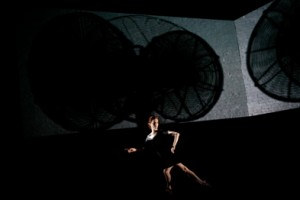 Jody Melnick in 'Fanfare' (photo Julieta Cervantes)