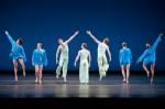 Mark Morris Dance Group in 'V' (photo Sharen Bradford)
