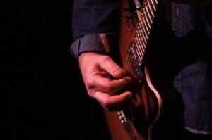 Martin Sexton hands on music