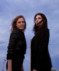 Tift Merritt and Simone Dinnerstein (by Lisa Marie Mazzucco)