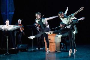 "Shara Worden with Weaver Rhodes and Lindsey Jones of Dance Heginbotham in ""Chalk and Soot"" (photo by Jamie Kraus)"