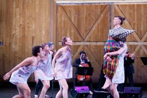 "John Eirich, Lindsey Jones, and Sarah Stanley of Dance Heginbotham with Shara Worden in ""Chalk and Soot"" (Photo Jamie Kraus)"